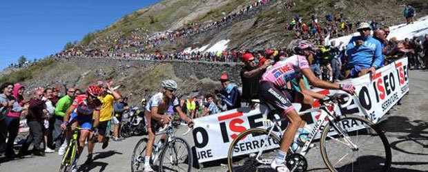 The Tour de Giro is a punishing event, taking in many mountain passes.