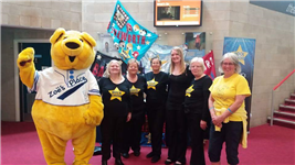 Local choir ROCKS for Zoes Place Coventry Hospice.